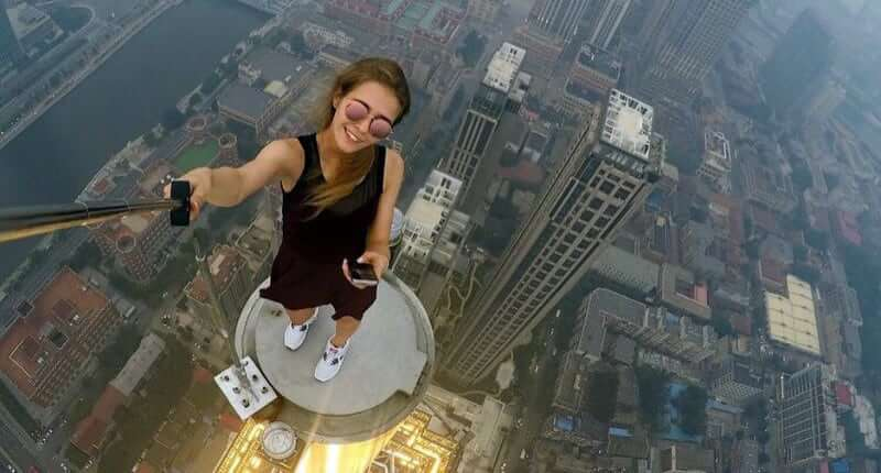 These People Travel All Around The World To Take The Most Dangerous Selfies