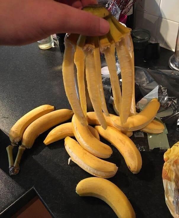 Descascando Bananas