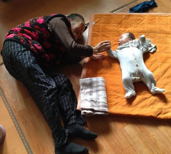 One Month Old Baby And His 97-Year-Old Korean Great Grandmother