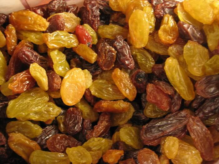 Revive Raisins In Hot Water