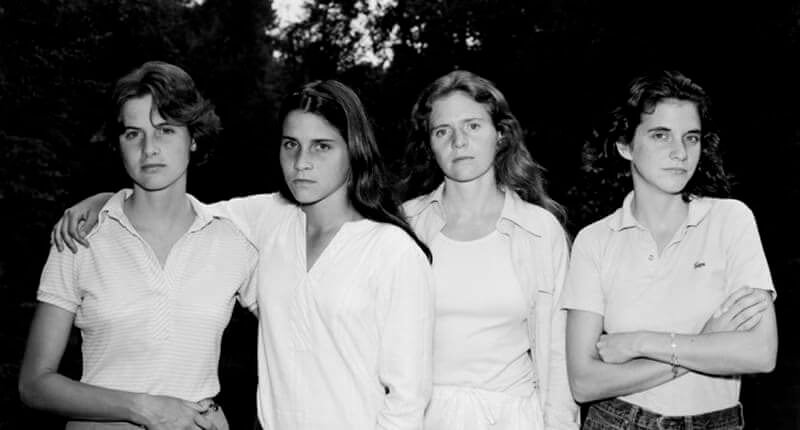 These Sisters Took the Same Photo for 40 Years and It is Just Amazing