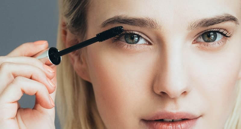 10 Ways To Create A Stunning Look With Your Mascara