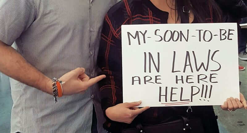 15 Airport Greeting Signs That Are Both Funny And Embarrassing