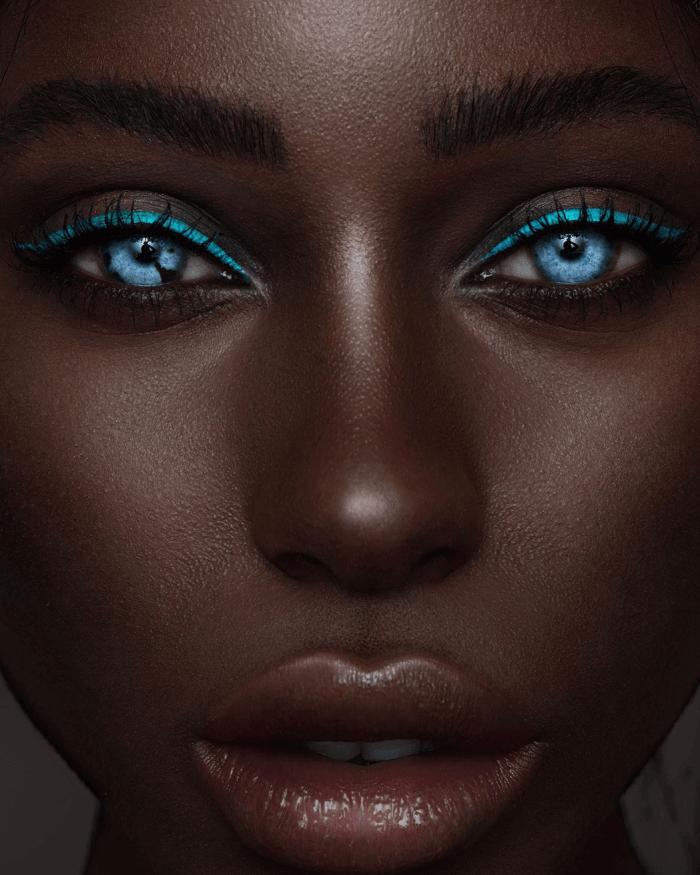 Uma Modelo Com Os Olhos Mais Azuis