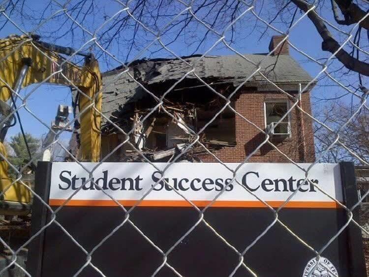 Destruyendo El Éxito