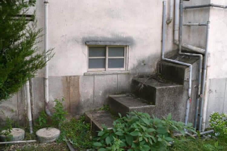 Escaleras Hacia Ningún Lugar